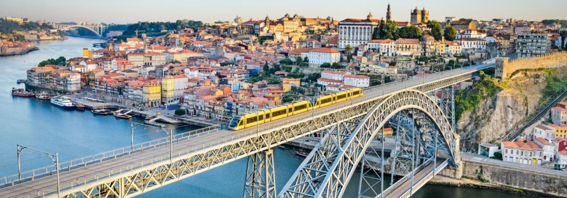 Porto l 39 officiel des vacances for Piscine a porto portugal
