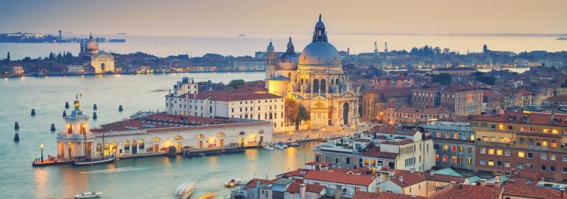 Venise l 39 officiel des vacances for Venise hotel piscine