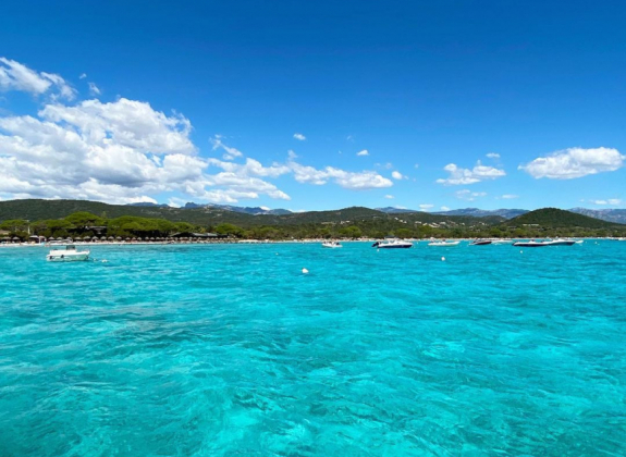 Corse : une semaine de bonheur entre amis cet été