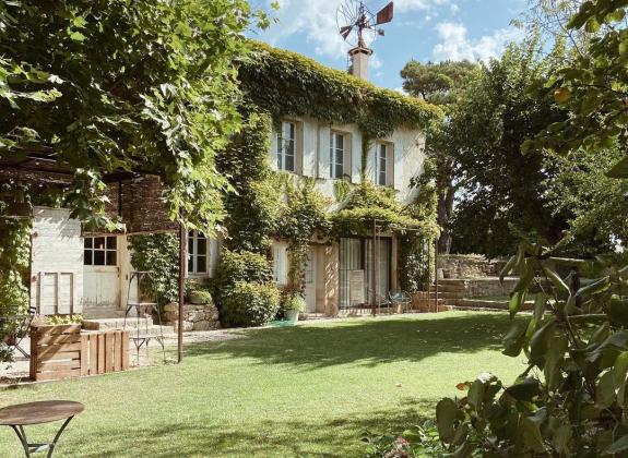Séjournez dans une maison d'hôtes au cœur du Luberon !