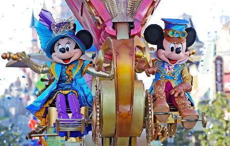 La magie de Noël à Disneyland Paris