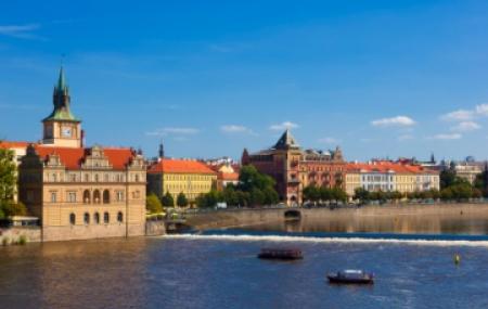 Les vols réguliers pour Prague
