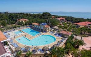 Vacances de Toussaint : 8j/7n en club Belambra + pension selon offre, Corse, Languedoc...
