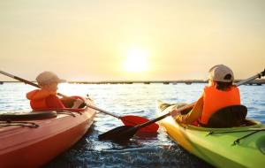 Loisirs aquatiques : canoë, canyoning, rafting, surf... Verdon, Pays Basque, Aveyron...