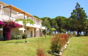 Corse : vente flash, location 8j/7n en résidence avec piscine en bord de mer, - 41%