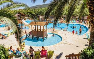 Languedoc, Argelès : été, camping, location 8j/7n en mobil-home 6 personnes, dispos été