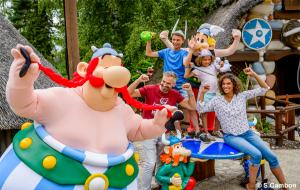 Parc Astérix : week-end 2j/1n en hôtels + petit-déjeuner & entrée au parc