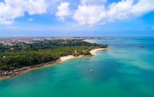 Vendée, camping : 8j/7n en mobil-home avec piscine, au cœur d'un parc naturel
