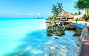 Zanzibar : séjour 10j/7n en hôtel 5* bord de mer + demi-pension + vols & transferts