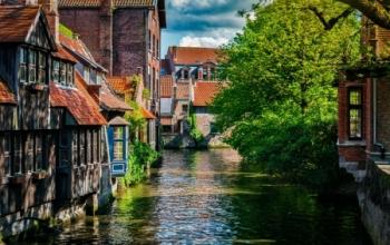 Des vols pas chers vers Bruges et le Cap Vert