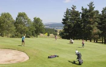 Le golf et les thèmes originaux