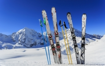 Location de ski enfants offerte cet hiver