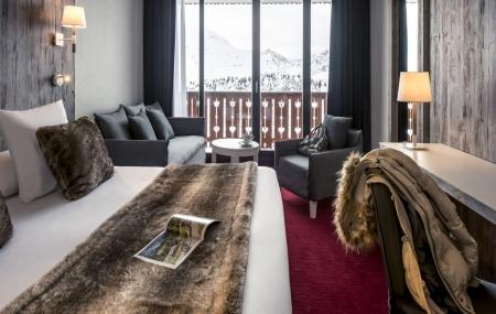 Alpe d'Huez : vente flash ski, 3j/2n en hôtel 4* + petit-déjeuner, dispos Noël, - 75% !