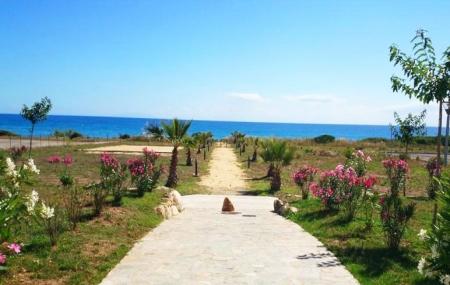 Corse, Cervione : location 8j/7n en résidence 3* avec piscine + bord de plage, - 60%