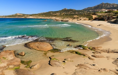 Haute-Corse : location 8j/7n en résidence 3* en bord de plage, départs sept.