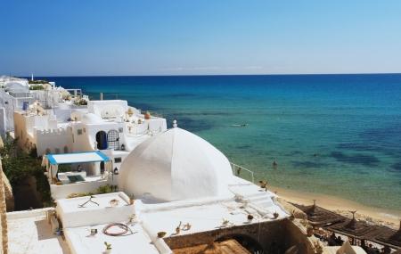 Tunisie : séjour 8j/7n en hôtel 4* + demi-pension + transferts + vols