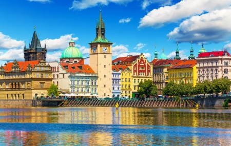 Prague : vente flash, week-end 3j/2n en hôtel 4* + petits-déjeuners + vols, - 70%