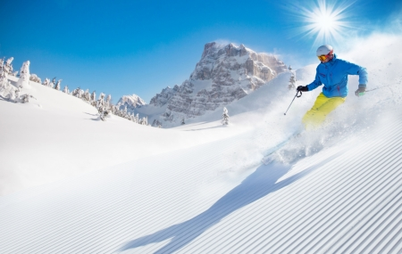 Ski : locations 3j/2n ou 8j/7n en résidences au pied des pistes + forfait & matériels + code promo