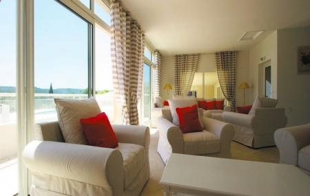 Proche Cannes : vente flash, 8j/7n en résidence prestige 4* avec piscine, - 60%