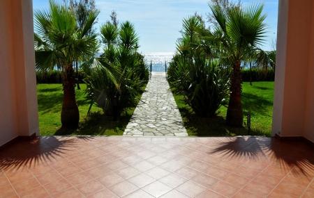 Corse, proche Bastia : vente flash, 4j/3n ou plus en résidence 3* avec accès direct à la plage