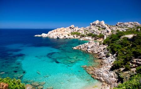 Sardaigne, dernière minute été : 8j/7n en hôtel 4* bord de mer + petits-déjeuners + vols