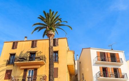 Calvi, Corse : enchère, 8j/7n en camping 3* à 700 m de la plage, dispos été indien