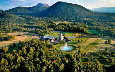 Vulcania : vente flash, week-end 2j/1n en hôtel 4* + petit-déjeuner + entrée au Parc