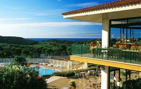 Proche St-Tropez : vente flash, 8j/7n en village vacances avec piscine & clubs enfants