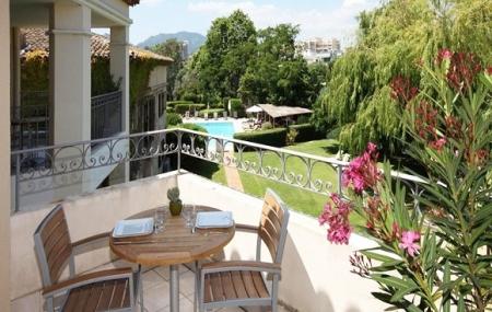 Côté d'Azur, proche Cannes : vente flash, 8j/7n en résidence 4* à 900 m de la plage