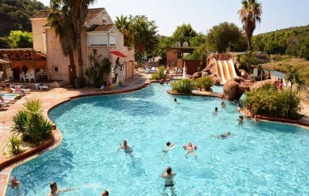 Côte d'Azur : vente flash, 8j/7n en camping 4* à 600 m de la plage, - 30%