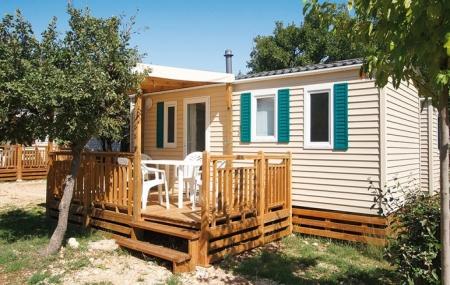 Provence : vente flash, 8j/7n en camping 3* + espace aquatique, dernières dispos août