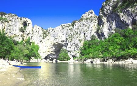 Ardèche : location 8j/7n en village vacances 4*