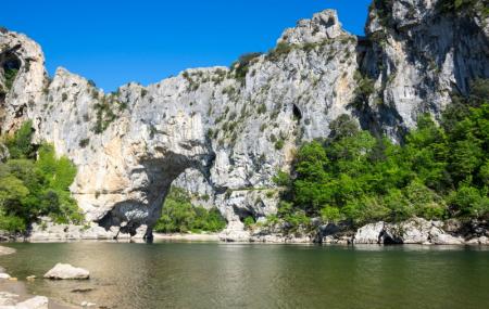 Ardèche : 8j/7n en camping ou résidence avec piscine, proche Gorges de l'Ardèche, - 56%