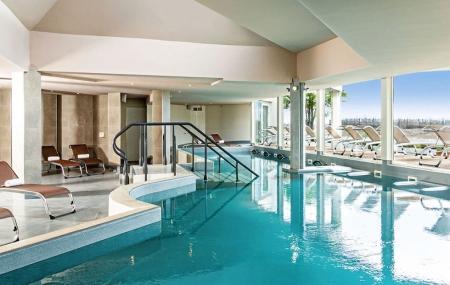 Port Camargue : vente flash, 2j/1n en hôtel 4* + petit-déjeuner + accès spa marin, - 61%