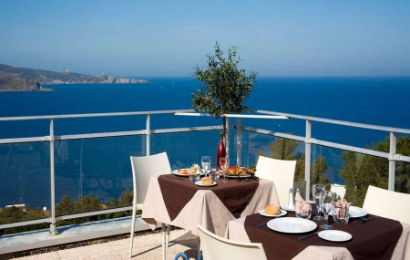 Bord de mer : dernière minute 2j/1n en hôtel + petit-déjeuner, Côte d'Azur, Île de Ré, Corse...