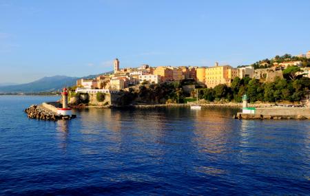 Corse, été : autotour 9j/8n en hôtels + location de voiture & vols directs