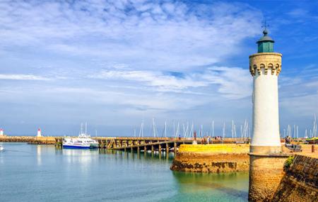 Week-ends insolites en Bretagne: 2j/1n en cabane, yourte, bateau ...