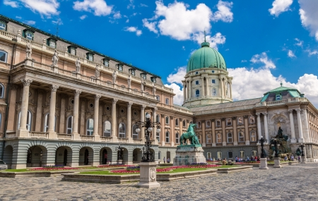 Budapest : week-end 3j/2n en hôtel 3* + petits-déjeuners + entrée thermes + vols