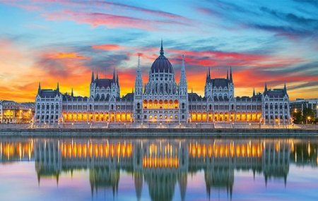 Circuit : 7j/6n en Europe Centrale, hôtels 3* & 4* + petits-déjeuners + vols + transferts, - 60%