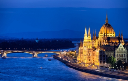 Budapest : vente flash, week-end 3j/2n en hôtel 3* + petits-déjeuners & vols, - 77%