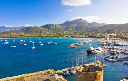 Calvi, Corse : enchère, 8j/7n en camping 3* pour 5 personnes pour vac. des Pâques