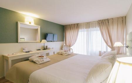 Proche Paris, Spa : week-end 2j/1n en hôtel 4* + petit-déjeuner + Spa & massages, - 66%