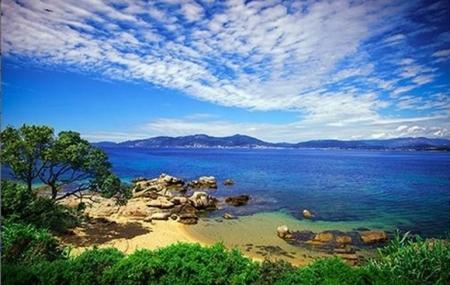Corse : ventes flash, 8j/7n en résidences 3* proches de plages, jusqu'à - 66%