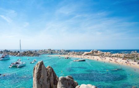 Corse, loisirs : baptême de plongée, excursion en bateau, kayak, canyoning...