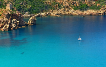 Corse, sud de Bastia : vente flash, 8j/7n en résidence 3*  à 500 m de la mer