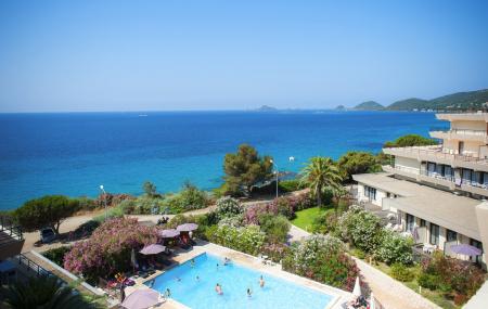 Corse : locations 8j/7n en résidence + piscine, proche mer, paiement en 4x sans frais, - 28%