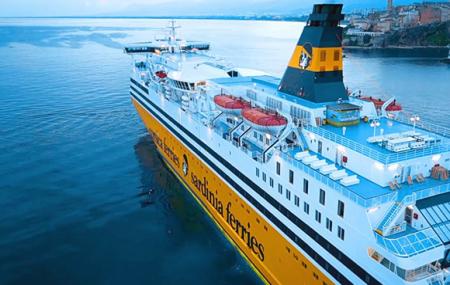 Corse & Sardaigne, été : traversées en ferries depuis Toulon,  Bastia, Ajaccio...