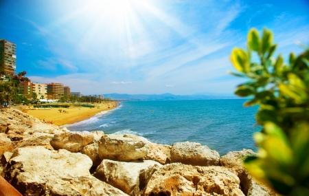 Week-end : enchère, côte espagnole, 5j/4n en hôtel 3* + demi-pension