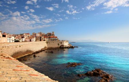 Antibes : week-end 2j/1n ou plus en résidence avec piscine + petit-déjeuner