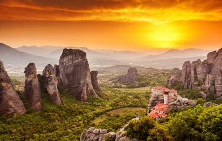 Grèce : Autotour 7j/6n en hôtels 4* + petits-déjeuners + loc. de voiture + vols